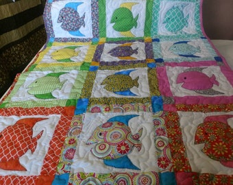 Handmade Appliqued Pieced Underwater Fish Crib Lap Throw Quilt Blanket Made in Arkansas Ozarks