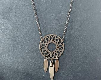 Necklace spirit dream catcher.