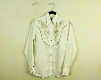 Vintage 1970s Rockmount Ranch Wear Floral Print Blouse / Long Sleeve / Pearl Snap / Stitching / Medium / Cowgirl / Country / Dolly / Trucker