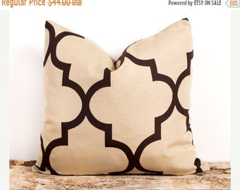 SALE ENDS SOON Tan and Brown Quatrefoil Throw Pillow Case, Geometric Pillow Cover, Modern Home Décor, Two 20 x 20