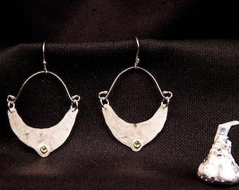 sterling silver dangle dropdown earrings, boho style with peridot