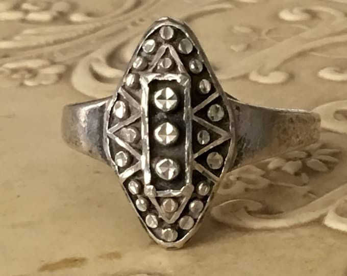 Sterling Silver Ring Navette Shaped Diamond Cut