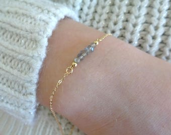 Labradorite Bracelet, Birthstone bracelet, Beaded bar Bracelet, Gemstone Bracelet, Thin Gold, Silver, Rose gold, Bridesmaid Bracelet