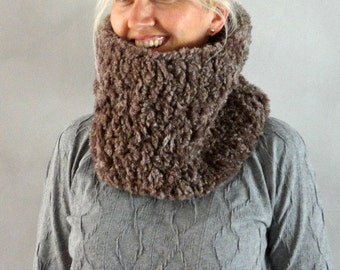 Chunky Cowl -Faux Fur Cowl Scarf- Womens Cowl- Mens Cowl- Crochet Cowl- Handmade Scarf- Winter Scarves- Chunky Textured Cowl Scarf- Snood