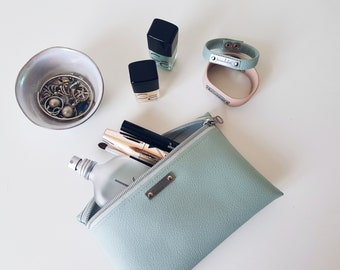 ninaluba Cosmetic BAG / Mint / Sartor / Faux Leather / Silver Patina / Logo / Decorative Zipper