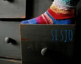 Handknitted, comforting warm Si Sjo Socks