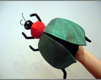 Firefly - exotic green handpuppet for children