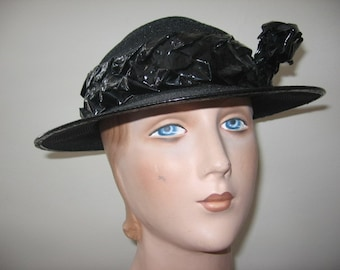 NEW LISTING / 1930's Black Straw Hat with Cellophane Trim!