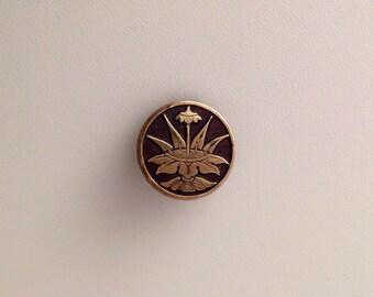 Antique Exotic Plant Brass Button. Unusual.