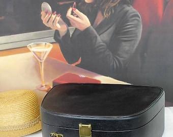 Vintage Black Vanity Case/Vintage Train Case/Ladies Case/Vintage Overnight Cas/ Luggage/SALE (Ref1977N)