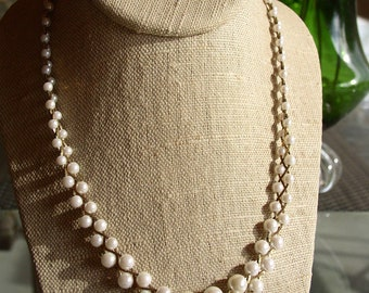 Vintage 70s Braided Pearl Style Necklace