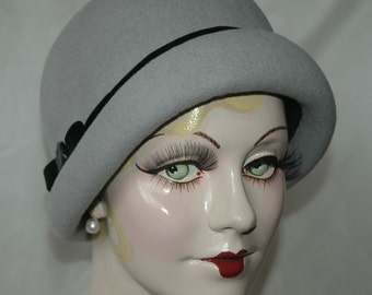 Cloche Hat, 1920s Hat, Gray Felt Hat
