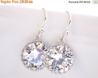 Wedding Jewelry, Silver, Cubic Zirconia Earrings, Bridal Jewelry, Crystal, Clear, Wedding Earrings, Mother's Gift, Bridesmaids Gifts, Dangle