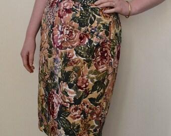 Vintage floral linen, knee length pencil skirt- S/M