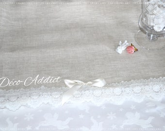 beautiful table runner in linen/cotton and lace on tulle