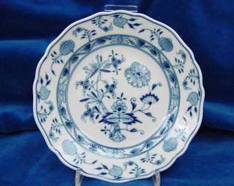 Antique plate, dated about 1880, MEISSEN, first quality.