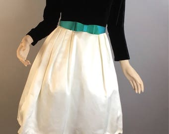 Vintage Velvet Party Dress// Velvet and Satin 60s Dress// Vintage Holiday Dress (F1)