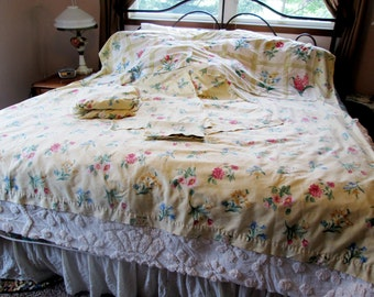 Full Sheet Set by Springs, Flat, Fitted, 3 pillowcases, 2 pillow shams, Yellow Floral