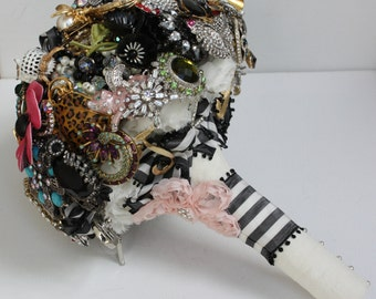 Brooch Bouquet Brides Brooches Whimsical inspiration