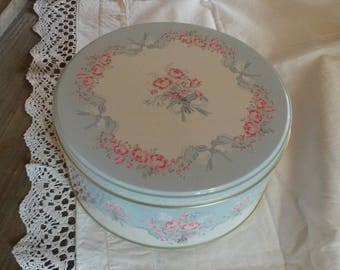 Sky blue shabby chic sewing box / vintage roses pattern
