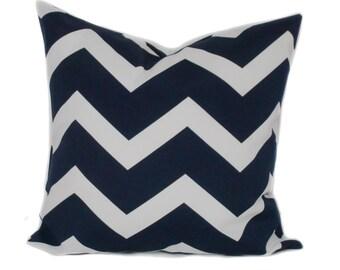 Navy outdoor pillow, 18x18, Outdoor pillow cover, Outdoor throw pillow, Chevron pillow, Outdoor accent pillow, Porch pillow, Patio pillow