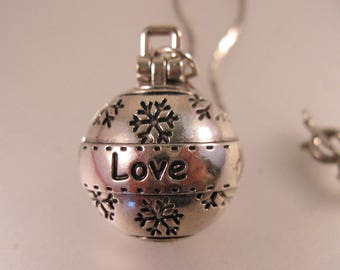 LOVE Snowball Locket Pendant Necklace Vintage Jewelry Vintage Locket Gift for Her