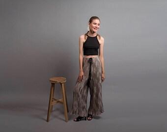 Wide-Leg Trousers / Silver Crinkled Trousers / Vintage 80s Pants / Adjustable Waist Pants / Vintage Palazzo Pants Δ size: M/L
