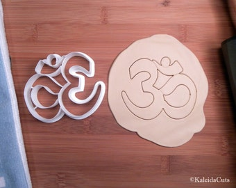 Namaste Cookie Cutter. Yoga Cookie Cutter. 3D Printed. Yoga Gift. Namaste. Custom Cookies. Sugar Cookies. Cookie Mold. Fondant Cutter.