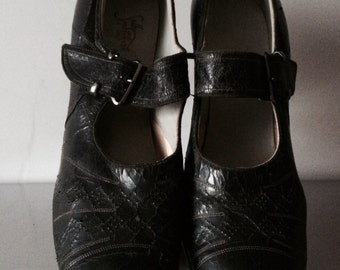 Vintage 1920's Black Leather Mary Jane Shoes