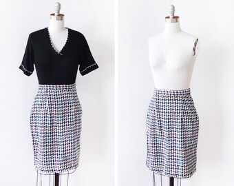 "80s houndstooth skirt, vintage 1980s pencil skirt, 26"" waist skirt, black + white rainbow striped high waist skirt, small s"