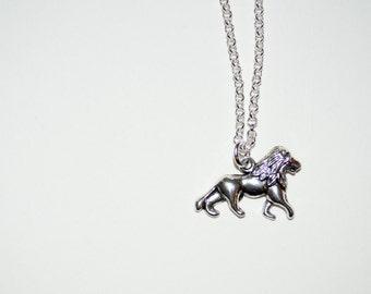 Lion Necklace, Animal Jewelry, Silver Lion Charm, Simple Necklace, Lion Jewelry, Everyday Jewelry, British Lion, Lion Pendant, Majestic Lion