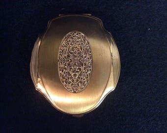Vintage Elgin America Goldtone Filagree Compact E-103