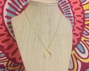 Dianty gold crescent