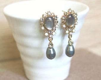 Antique gold Grey pearl drop earrings, Dangle & Drop Earrings, gift for her, wedding jewelry,bridal earrings,clip on earrings,pearl earrings