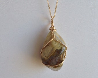 Ocean Jasper Womans Simple Wirewrap with Gold Filled Wire and 18 Inch Chain - Reiki Healing Crystal Necklace