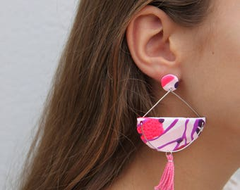 Clay earrings / patterend earrings / pink earrings / purple earrings / funky earrings / dangle earrings / drop earrings / bright earrings