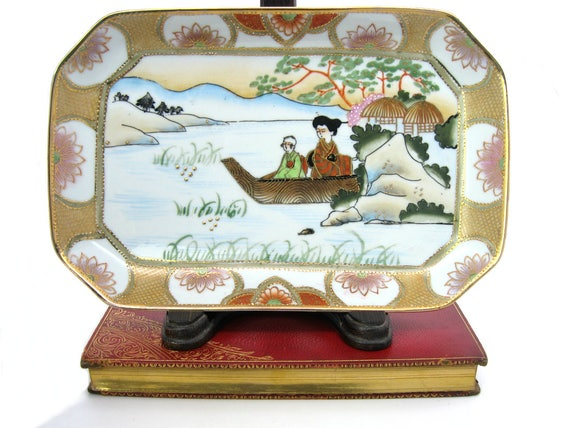 Vintage Hand Painted Japanese Ceramic Gold Moriage Lotus Water Scene Trinket Valet Tray Dish