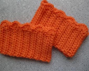Jambières pour bottes en laine au crochet réalisées à la main. Manchettes au crochet en laine. Fait main.