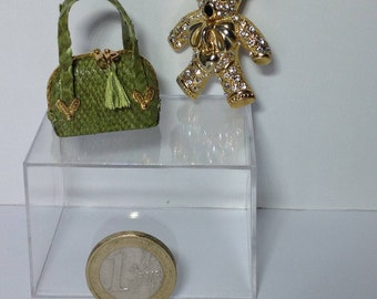 Miniature bag in real snake