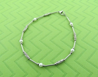 stainless steel and glass pearl anklet. avail in 6.5 - 10.5 inches