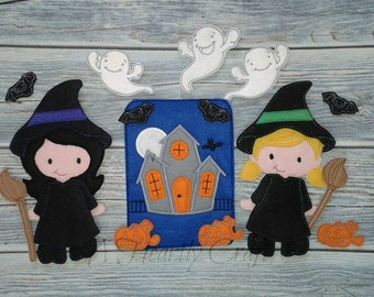 Non Paper Doll Witch Playset complete with 2 Dolls, Haunted House, Pumpkins, Ghosts & Bats