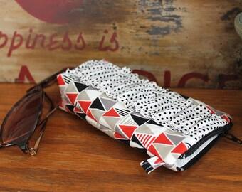 Sunglasses case, Eyeglass case zipper pouch. Ruffles Sunnies pouch. black red modern, triangles polka dot. Gift for mom, clutch bag