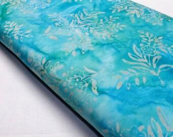Robert Kaufman Rain Garden Aqua Blue Batik Cotton Quilting Sewing Textile Fabrics Quilters