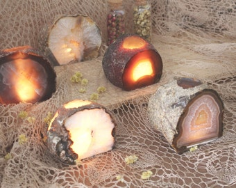 Natural Agate Candle Holder - Crystal Decor- Metaphysical - Chakra Crystals (CHS4-02)