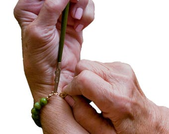 Helping Hand-Premier Bracelet Assist Tool