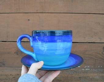 Teal to Blue Ombre Jumbo Soup Mug with Matching Saucer Plate - 30 oz. - Extra Large Set - Shades of Turquoise Ocean Navy Blue