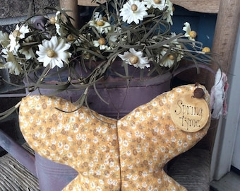Primitive Spring Tyme butterfly tuck