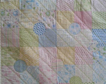 Bobo Baby small baby quilt