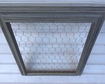 Chicken Wire Frame Memo Board GRAY Chalk Paint 16x19 Shabby Chic Upcycled Office Organization Jewelry Storage