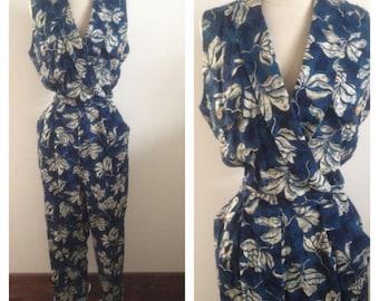 1980s Vintage Women's Floral Jumpsuit Size Large